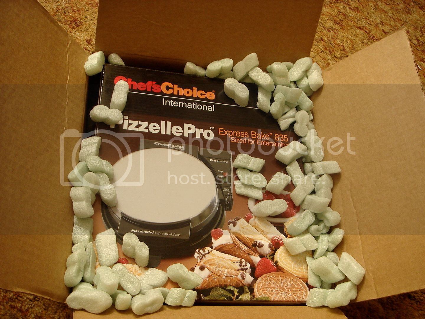 pizzelle maker in box