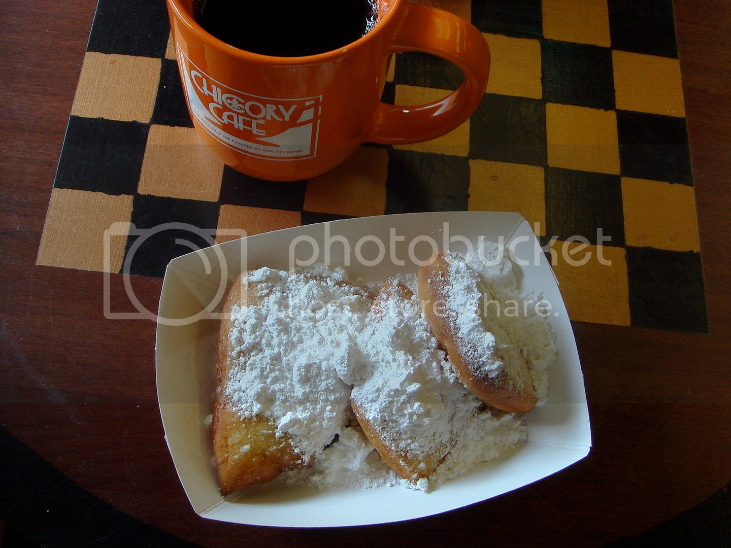 coffee and beignets
